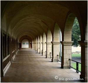 http://www.waibe.fr/sites/photoeg/medias/images/ORVAL/ORVAL_cloitre__3b_.jpg