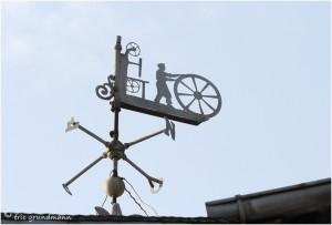 http://www.waibe.fr/sites/photoeg/medias/images/__HIDDEN__galerie_41/ornements_toit_0101.jpg