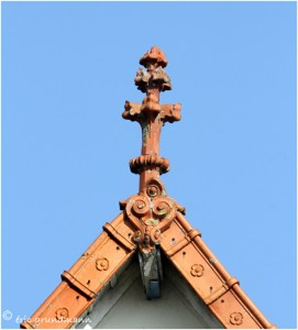 http://www.waibe.fr/sites/photoeg/medias/images/__HIDDEN__galerie_41/ornements_toit_0112.jpg