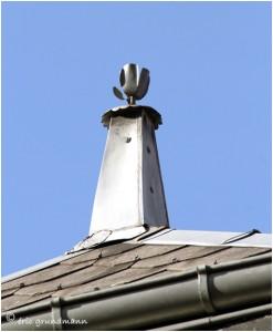 http://www.waibe.fr/sites/photoeg/medias/images/__HIDDEN__galerie_41/ornements_toit_014.jpg