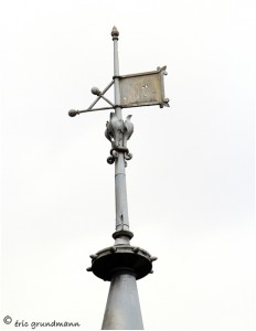 http://www.waibe.fr/sites/photoeg/medias/images/__HIDDEN__galerie_41/ornements_toit_043.jpg