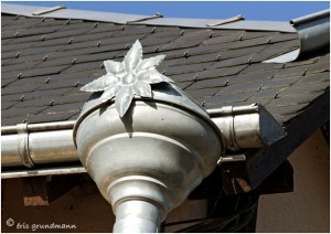 http://www.waibe.fr/sites/photoeg/medias/images/__HIDDEN__galerie_41/ornements_toit_044.jpg