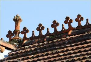 http://www.waibe.fr/sites/photoeg/medias/images/__HIDDEN__galerie_41/ornements_toit_088.jpg