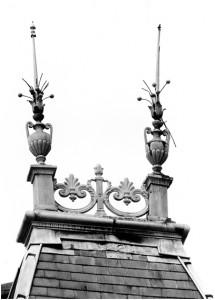 http://www.waibe.fr/sites/photoeg/medias/images/__HIDDEN__galerie_5/55-ornements_toit.jpg