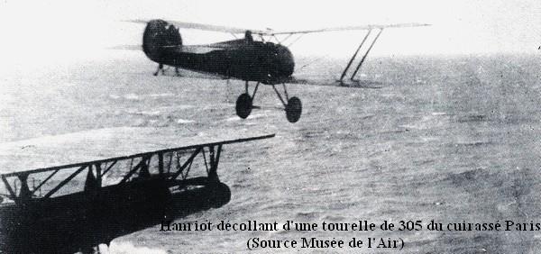 Hanriot decollant d une tourelle du cuirasse Paris