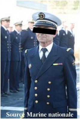 Photo officier marinier de spe Detecteur portant le badge de CETAC