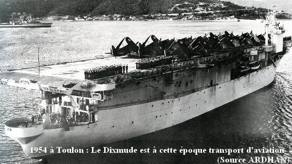 1954 le Dixmude a Toulon en tant que transport avia