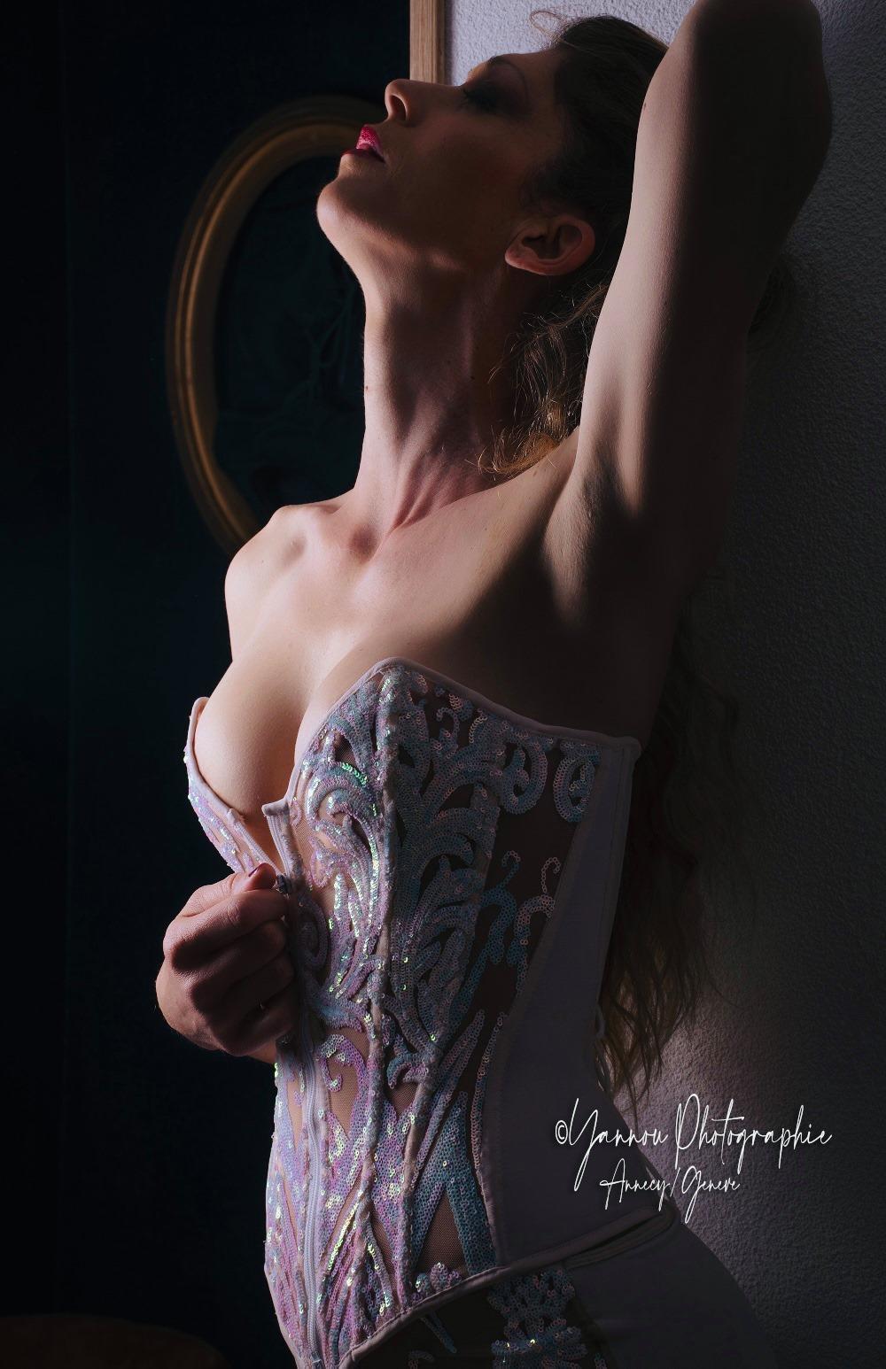 Corset_Estrella_Clair