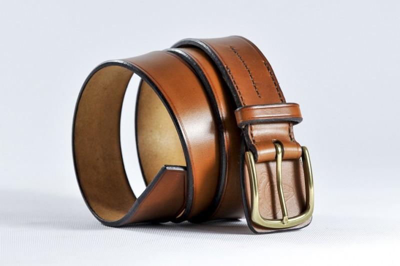ATTENTION mesurez votre tour de taille (cm)ou tour de hanche si pantalon  taille basse et non la longueur de votre ceinture actuelle   f9246e6b521
