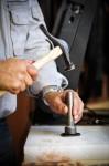 https://www.waibe.fr/sites/cuir/medias/images/Fabrication_artisanale/8-ceinture-cuir-vegetal-86.jpg