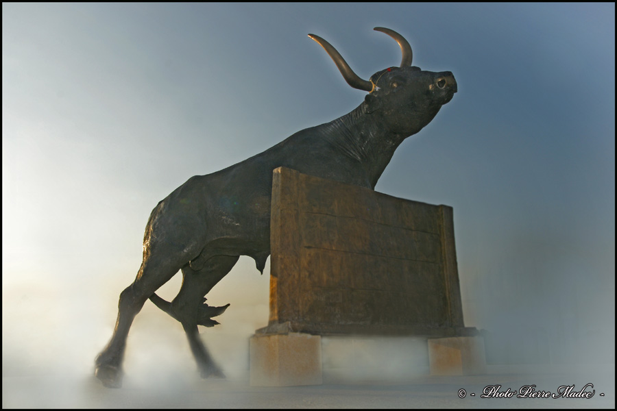 Statue de  Camarina Senas jpg