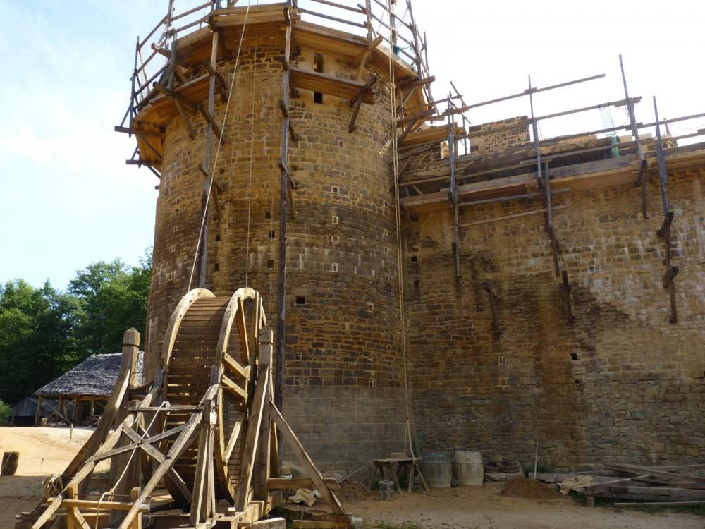 chantier medieval de guedelon treigny 14368800310