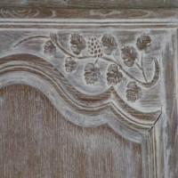 armoire sculptee 1