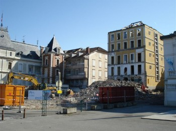 DEMOLITION EVIAN  1