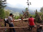 https://www.waibe.fr/sites/micmary/medias/images/ElSalvador/ES-090-Juayua-Laguna_Verde-Volcans_dans_la_brume__le_guide_nous_soigne.JPG