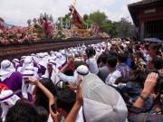 https://www.waibe.fr/sites/micmary/medias/images/Guatemala/G-265-Antigua-Cortege.JPG