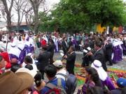 https://www.waibe.fr/sites/micmary/medias/images/Guatemala/G-295-Antigua-Cortege.JPG