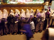 https://www.waibe.fr/sites/micmary/medias/images/Guatemala/G-595-Coban-Cortege-Nuit.JPG