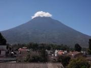 https://www.waibe.fr/sites/micmary/medias/images/Guatemala2/GT-600-Antigua-Pacaya-depuis_hotel-6456.JPG