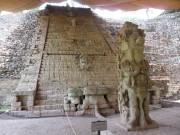 https://www.waibe.fr/sites/micmary/medias/images/Honduras/H-065-Copan-Ruines.JPG