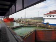 https://www.waibe.fr/sites/micmary/medias/images/Panama2/PC-030-Gatun-Un_bateau_arrive_ecluse.JPG