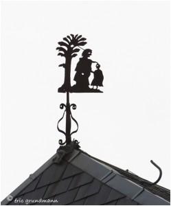 https://www.waibe.fr/sites/photoeg/medias/images/__HIDDEN__galerie_41/ornements_toit_063.jpg