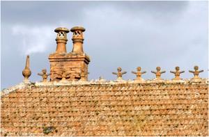 https://www.waibe.fr/sites/photoeg/medias/images/__HIDDEN__galerie_41/ornements_toit_cretes__6_.jpg