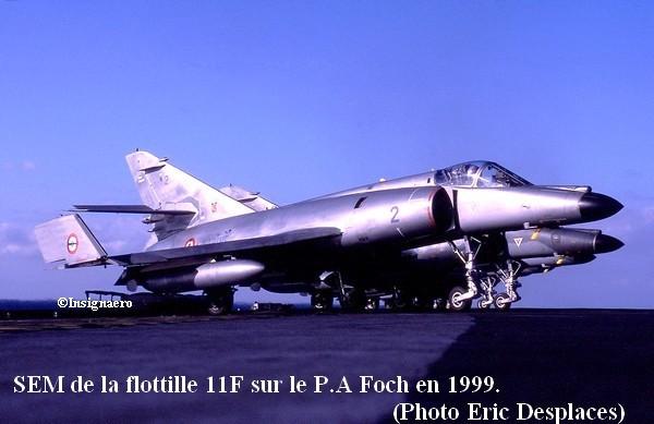 Deux SEM de la 11F sur le Foch en 1999