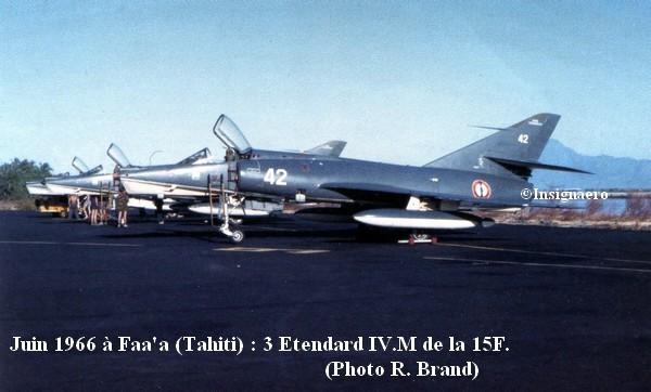 Juin 1966 a Faa a. 3 Etendard IV.M de la 15F