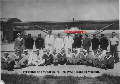 En 1933 avec le ruban Aviation d escadre.   Copie