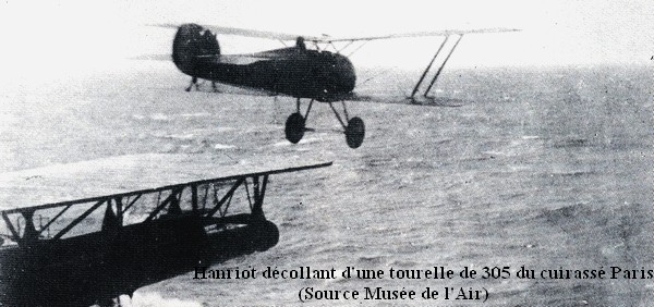 Hanriot decollant d une tourelle du cuirasse Paris