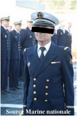 Photo officier marinier de spe Detecteur portant le badge de CETAC