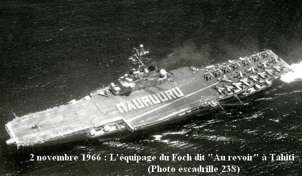 Le PA Foch dit au revoir a Tahiti