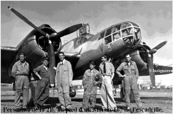 Personnel de la  2B devant un Martin 167 de l escadrille