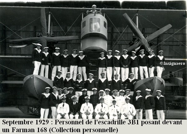 Setembre 1929 Personnel de l escadrille 3B1 posant devant un Farman 168
