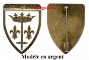 9.  Jeanne d Arc Drago modele en argent.